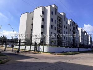 Apartamento En Ventaen Valencia, El Portal De San Luis, Venezuela, VE RAH: 22-4856