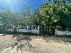 Terreno En Ventaen Punto Fijo, Los Taques, Venezuela, VE RAH: 22-4865