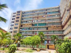 Apartamento En Ventaen Cumana, Casco Central, Venezuela, VE RAH: 22-4908