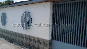 Casa En Ventaen Caracas, Coche, Venezuela, VE RAH: 22-4925