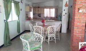 Casa En Ventaen Boca De Uchire, La Playa, Venezuela, VE RAH: 22-4936