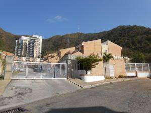 Townhouse En Ventaen Valencia, Trigal Norte, Venezuela, VE RAH: 22-4988