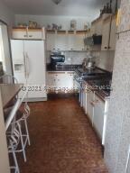 Apartamento En Alquileren Caracas, Los Palos Grandes, Venezuela, VE RAH: 22-5091