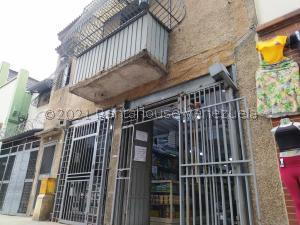 Local Comercial En Ventaen Caracas, Parroquia Santa Rosalia, Venezuela, VE RAH: 22-5005
