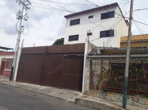 Apartamento En Ventaen La Victoria, Centro, Venezuela, VE RAH: 22-5032