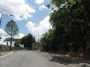 Terreno En Ventaen Municipio Naguanagua, Carialinda, Venezuela, VE RAH: 22-5041
