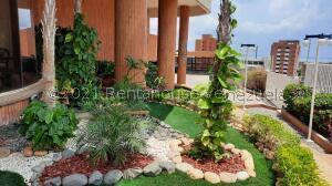Apartamento En Ventaen Maracaibo, Valle Frio, Venezuela, VE RAH: 22-5045