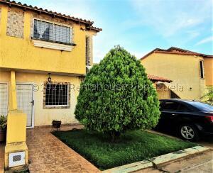Casa En Ventaen El Tigre, Sector Avenida Jesus Subero, Venezuela, VE RAH: 22-5158