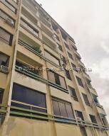 Apartamento En Ventaen Parroquia Caraballeda, Caribe, Venezuela, VE RAH: 22-5056