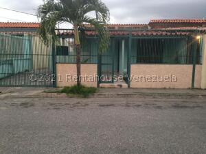 Casa En Ventaen Cabudare, Valle Hondo, Venezuela, VE RAH: 22-5059