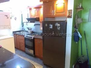 Apartamento En Alquileren Municipio San Diego, Yuma, Venezuela, VE RAH: 22-5085