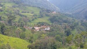 Terreno En Ventaen Ejido, Sector Parroquia Matriz, Venezuela, VE RAH: 22-5094