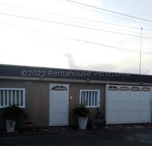Casa En Ventaen Maracaibo, Maranorte, Venezuela, VE RAH: 22-5096