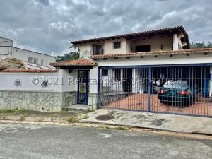 Casa En Ventaen Caracas, Santa Paula, Venezuela, VE RAH: 22-5098