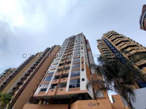 Apartamento En Ventaen Valencia, La Trigaleña, Venezuela, VE RAH: 22-5176