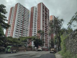 Apartamento En Ventaen Caracas, El Valle, Venezuela, VE RAH: 22-5221