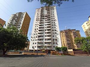 Apartamento En Ventaen Maracay, El Centro, Venezuela, VE RAH: 22-5115