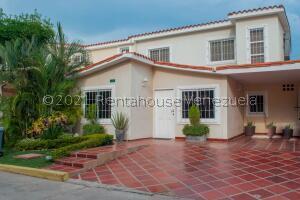 Townhouse En Ventaen Maracaibo, Doral Norte, Venezuela, VE RAH: 22-5111