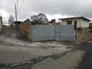 Terreno En Ventaen Caracas, Los Guayabitos, Venezuela, VE RAH: 22-6009