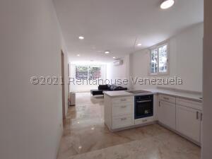 Apartamento En Ventaen Caracas, El Rosal, Venezuela, VE RAH: 22-5142