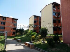 Apartamento En Alquileren Cabudare, La Puerta, Venezuela, VE RAH: 22-5179