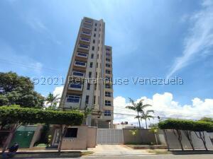 Apartamento En Ventaen Maracaibo, Tierra Negra, Venezuela, VE RAH: 22-5225