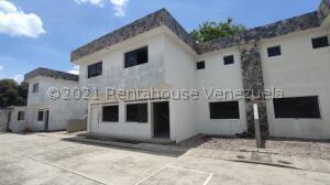 Casa En Ventaen Araure, Araure, Venezuela, VE RAH: 22-5238