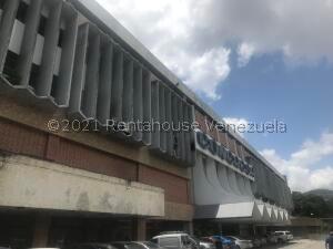 Local Comercial En Ventaen Caracas, Prado Humboldt, Venezuela, VE RAH: 22-5235