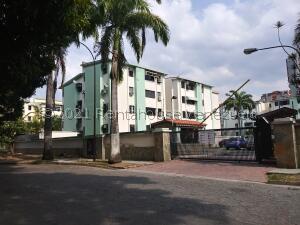 Apartamento En Ventaen Municipio Naguanagua, La Granja, Venezuela, VE RAH: 22-5250