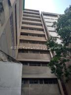 Oficina En Ventaen Caracas, Parroquia Altagracia, Venezuela, VE RAH: 22-5268