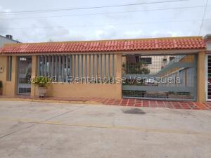 Casa En Ventaen Maracaibo, La Limpia, Venezuela, VE RAH: 22-5301