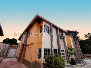 Casa En Ventaen Maracay, El Limon, Venezuela, VE RAH: 22-5305