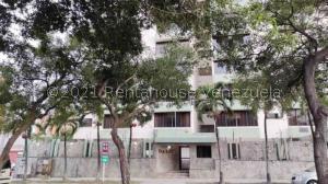 Apartamento En Alquileren Valencia, Valles De Camoruco, Venezuela, VE RAH: 22-5320
