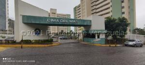 Apartamento En Ventaen Parroquia Caraballeda, La Llanada, Venezuela, VE RAH: 22-5328