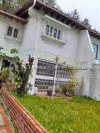 Casa En Ventaen Caracas, Alto Prado, Venezuela, VE RAH: 22-6228