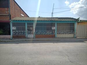 Casa En Ventaen Barquisimeto, Parroquia Juan De Villegas, Venezuela, VE RAH: 22-5336