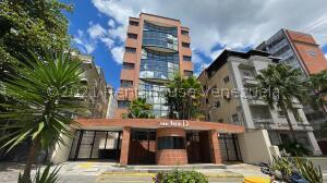 Consultorio Medico  En Ventaen Caracas, San Bernardino, Venezuela, VE RAH: 22-5424