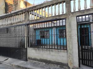 Casa En Ventaen Valencia, Lomas De Funval, Venezuela, VE RAH: 22-5342