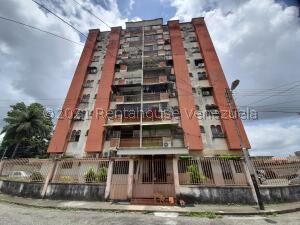 Apartamento En Ventaen Araure, Araure, Venezuela, VE RAH: 22-5358
