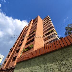 Apartamento En Ventaen Caracas, Los Naranjos Del Cafetal, Venezuela, VE RAH: 22-5396