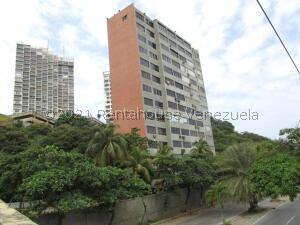 Apartamento En Ventaen Catia La Mar, Playa Grande, Venezuela, VE RAH: 22-5392