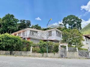 Casa En Ventaen Caracas, Prados Del Este, Venezuela, VE RAH: 22-5395