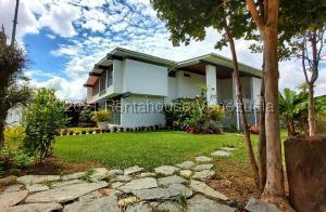 Casa En Ventaen Caracas, El Marques, Venezuela, VE RAH: 22-5397