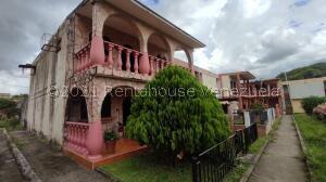 Casa En Ventaen Acarigua, Bosques De Camorucos, Venezuela, VE RAH: 22-5412