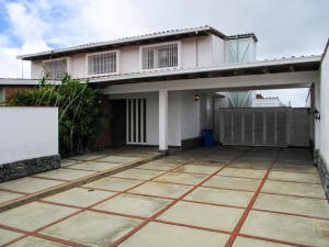 Casa En Ventaen Caracas, Lomas De La Lagunita, Venezuela, VE RAH: 22-5414