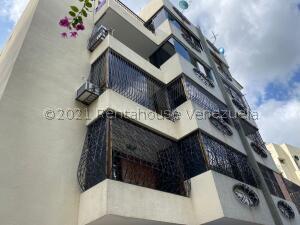 Apartamento En Ventaen Caracas, Cumbres De Curumo, Venezuela, VE RAH: 22-5427