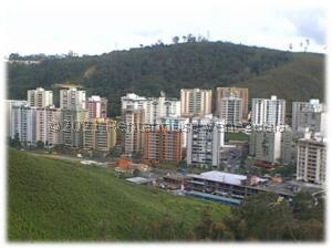Terreno En Ventaen San Antonio De Los Altos, Las Minas, Venezuela, VE RAH: 22-5451