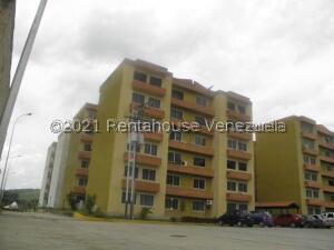 Apartamento En Ventaen Municipio San Diego, Monteserino, Venezuela, VE RAH: 22-5443