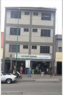 Edificio En Ventaen Caracas, Catia, Venezuela, VE RAH: 22-5457