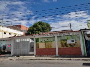 Casa En Ventaen Barquisimeto, Zona Este, Venezuela, VE RAH: 22-5926